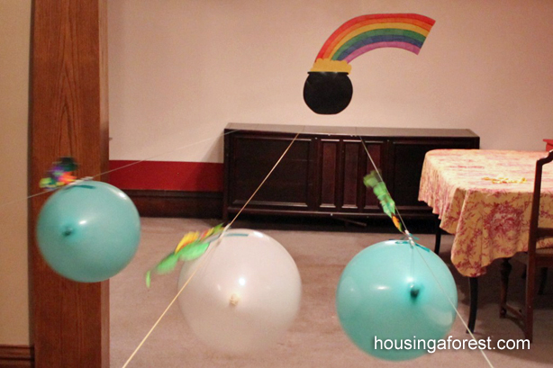 Racing balloon leprechauns ~ St Patricks Day Activity