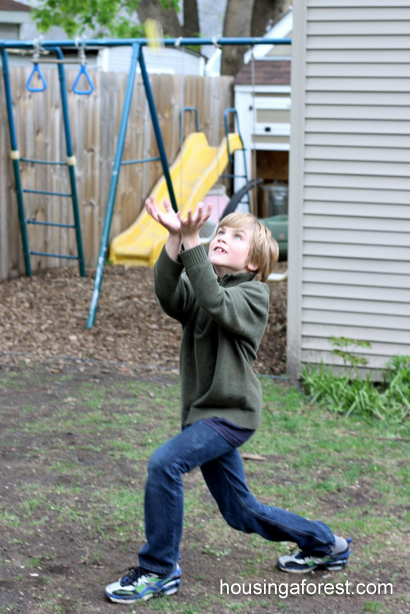 How to build a simple catapult your kids will love ~ outdoor fun