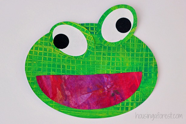 Frog Preschool Craft ~ Eric Carle inspired textured frogs