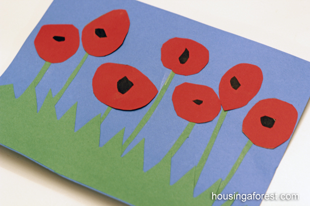 Poppy Flowers ~ Remembrance Day Craft