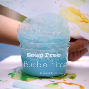 soap free bubble prints ~ no more sucking in soap bubbles!