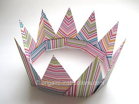 simple DIY Crown ~ modular Origami Crown
