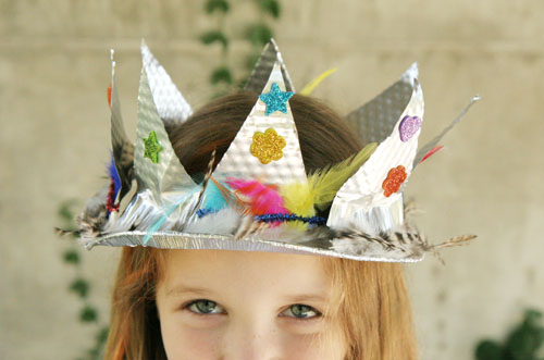 Simple DIY Crown ~ kid made Pie Plate Crown