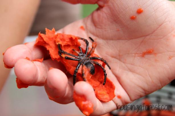 Halloween Sensory Play ~ Gooey Spider Halloween Fun