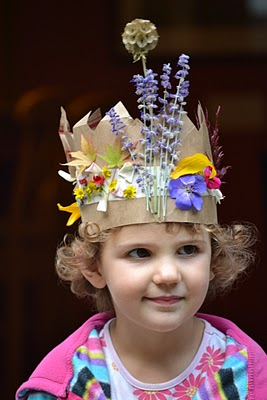 Simple DIY Crown ~ Nature Craft Autumn Crowns