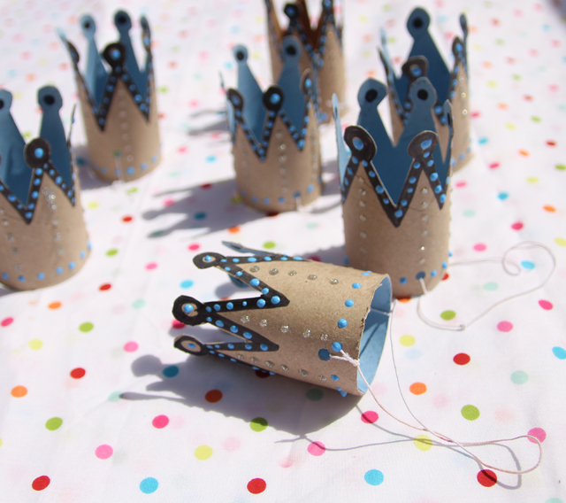 10 beautiful diy crowns housing a forest - Manualidades con papel craft ...