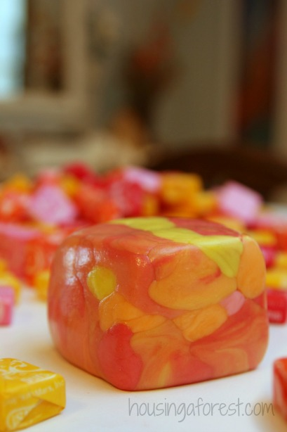 Edible Sculptures ~ Create Art with Starburst Candy