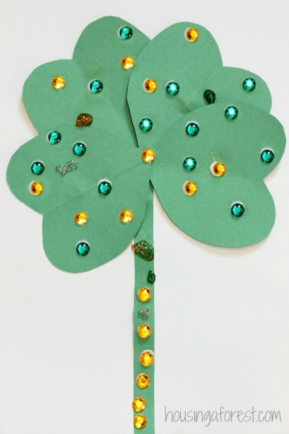 Heart Shamrock Craft ~ St Patricks Day Activity