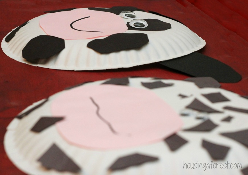Paper Plate Cow Craft in 2020 | Fun preschool crafts, Cow craft ... | 614x871