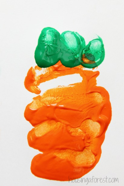 Carrot art for kids ~ Easter Handprint Art