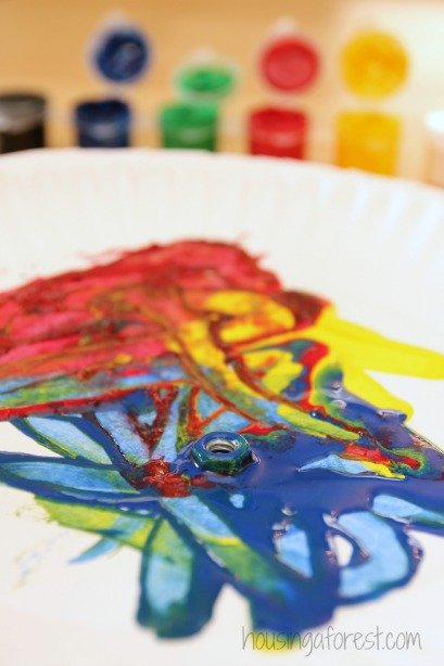 Preschool Art Activities ~ Magnet Painting
