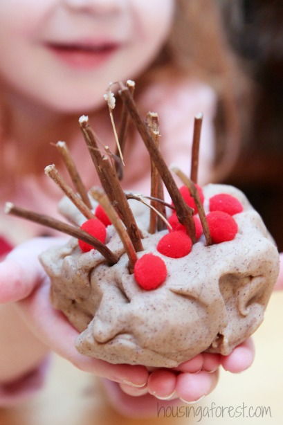 Playdough Reindeer ~ Christmas homemade playdough