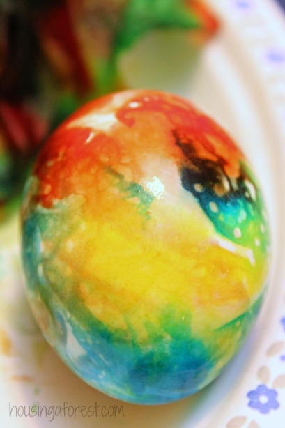 tie dyed easter eggs simple way to color easter eggs