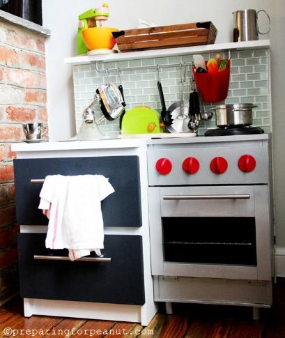10 Creative DIY Play Kitchen Ideas ~ DIY Industrial play kitchen