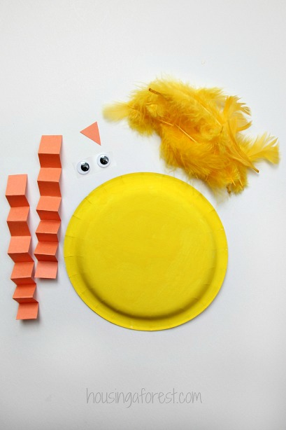 Easy Paper Plate Chick ~ Preschool Easter Crafts