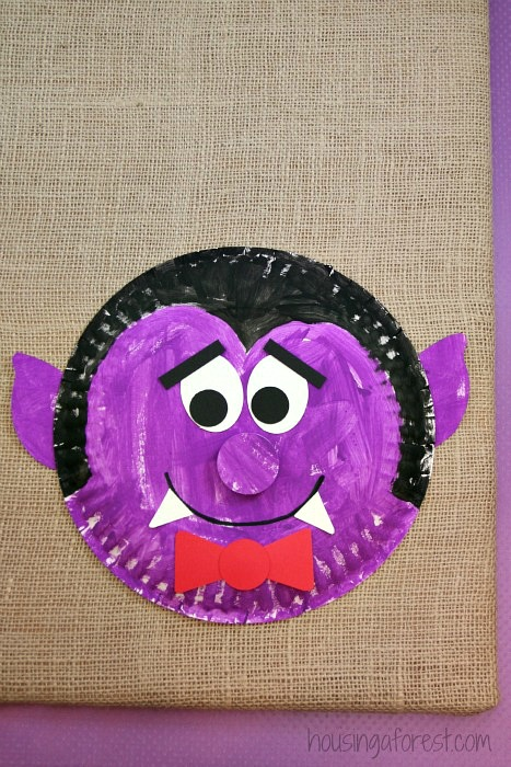 Paper Plate Dracula ~ Halloween Kids Craft & Paper Plate Dracula | Housing a Forest