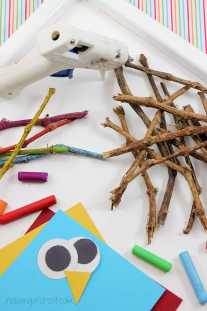 Twig Turkey craft ~ Thanksgiving craft for kids