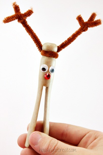 Clothespin Reindeer Ornament ~ DIY Christmas Craft for Kids
