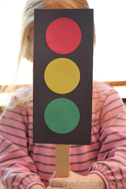 How to make a Traffic Light | Housing a Forest