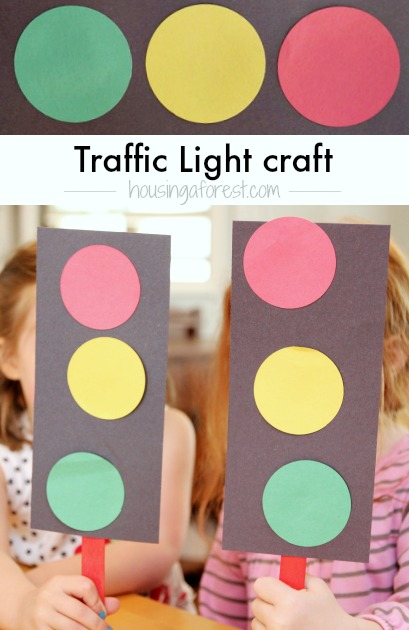 Preschool Transportation Theme ~ How to make a Traffic Light